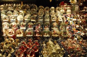 1353963153-advent-in-salzburg--annual-christmas-market_1635056