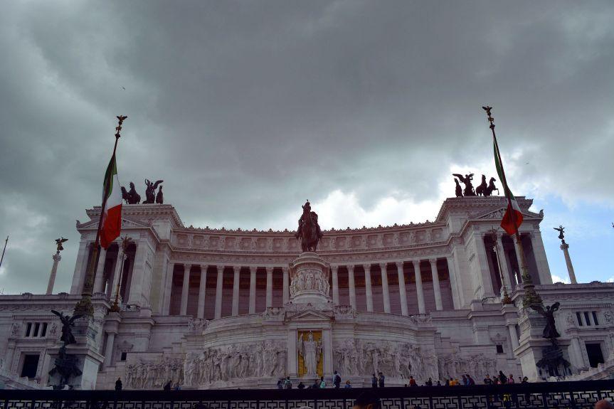 Visiting Roma